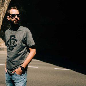 SCALLYWAG® HOCKEY T-Shirt DUMP & CHASE D&C LOGO